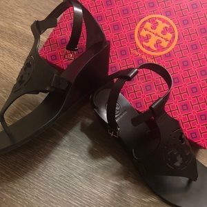 7677c92ac1114 Tory Burch Shoes - NWT Tory Burch Zoey 50 MM Wedge Sandals